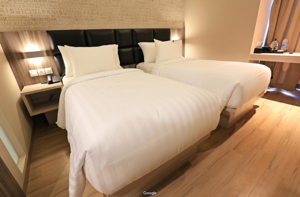 Kamar Tipe Deluxe Hotel Luminor. Foto: Google Map
