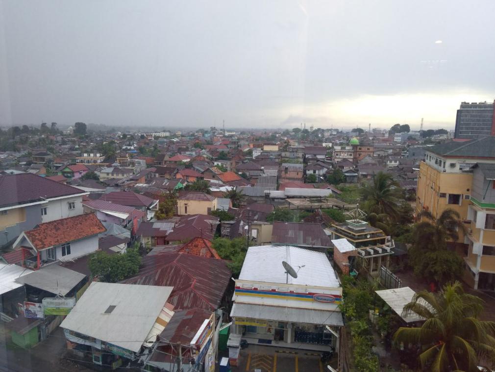 Pemandangan dari Jendela Lantai 6 Hotel Luminor Jambi
